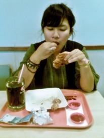 Remaja Sering Makan Dalam Sehari Lebih Kurus