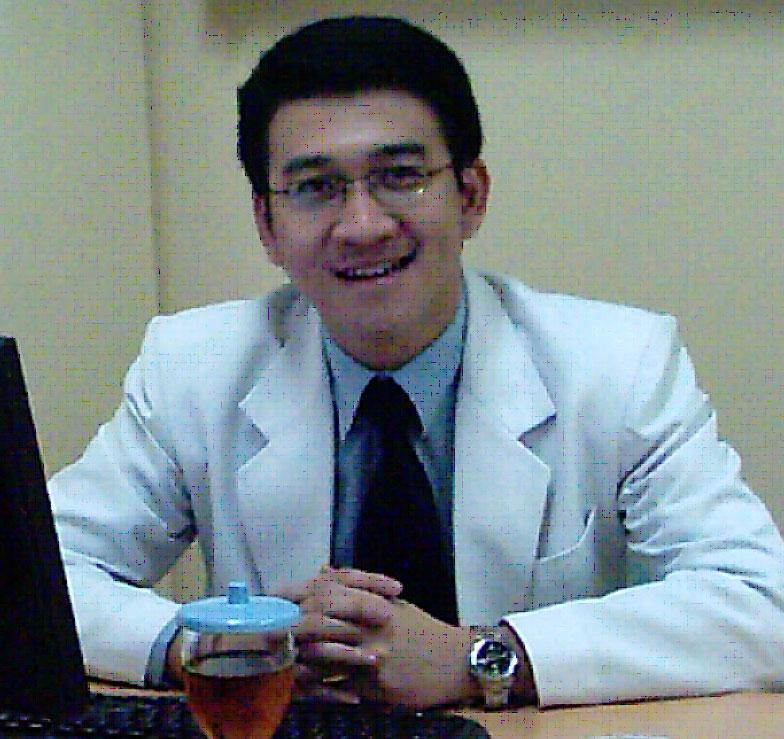Informasi Dokter yang Muda dan Berwibawa