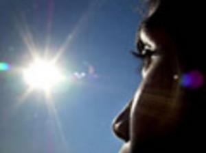 Tips Melindungi Kulit Wajah Dari Paparan Sinar Matahari