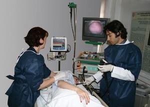 Mendeteksi Dini Bahaya Serangan Kanker Usus Besar