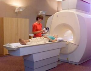 Tips Menghilangkan Kecemasan Sebelum Tes MRI